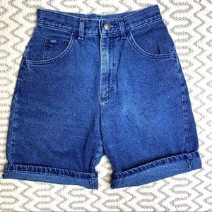 Vintage LEE High Rise Wedgie Fit Jean Shorts sz 6
